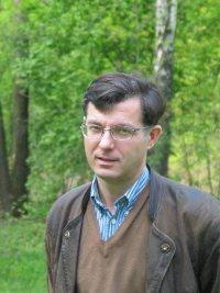 dr Artur Obidzi�ski